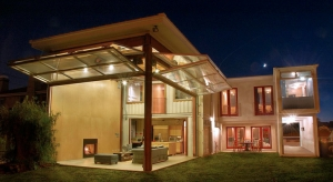 Shipping-Containers-Make-Great-Homes-for-Green-Heads