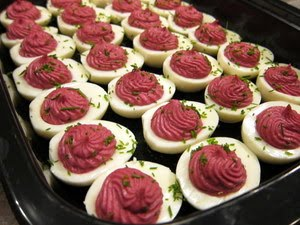 Beet-Deviled-Eggs-JBG